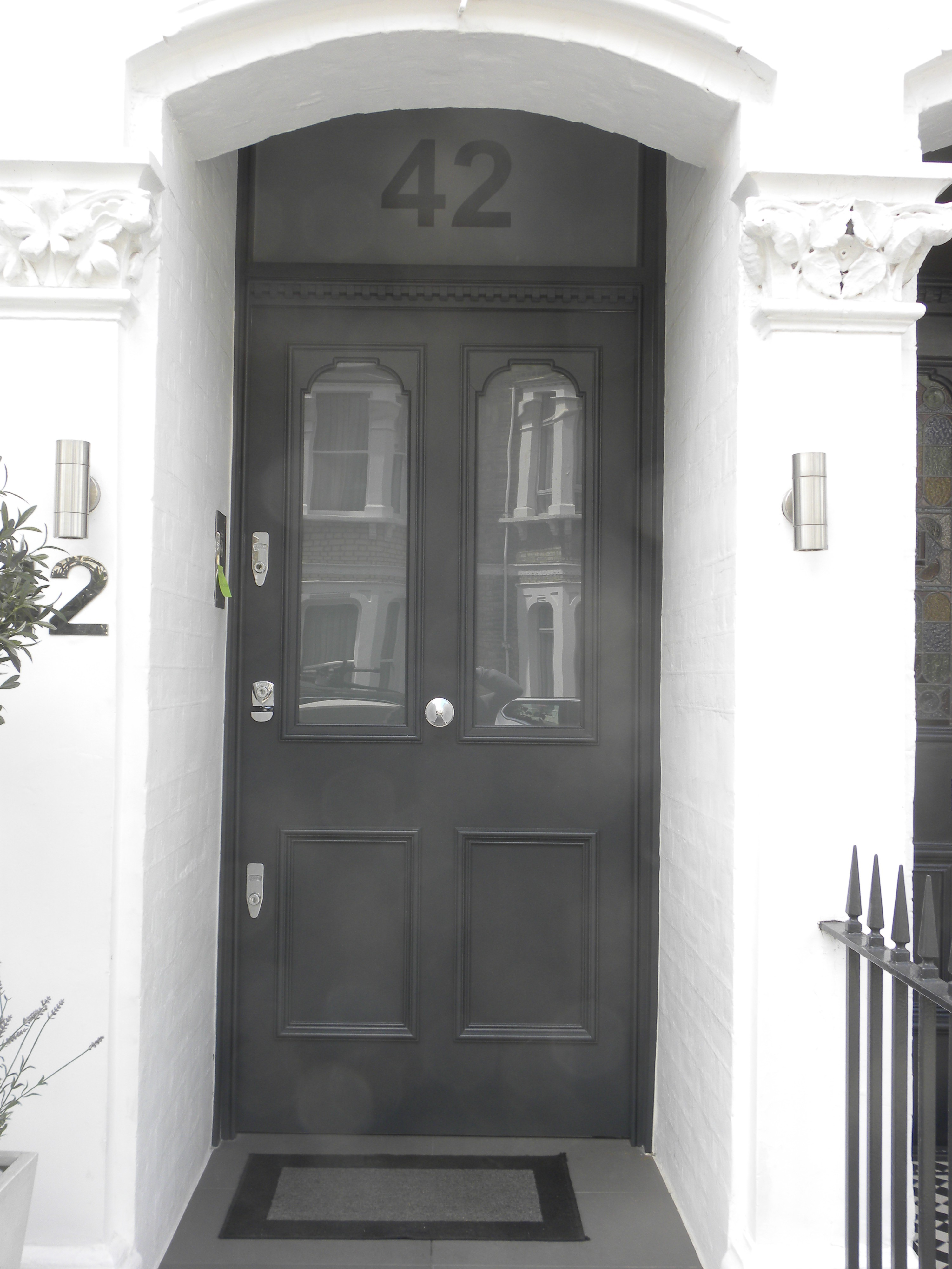 & Hardwood Door installed in South West London | Joinery For All Seaons pezcame.com