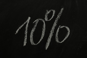 10% off written on chalk board
