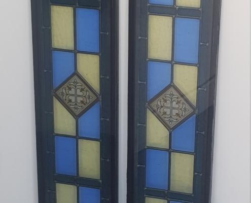 decorative-coloured-glass-blue-yellow