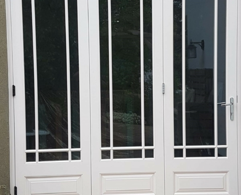 section-sliding-folding-doors-installed-in-kent