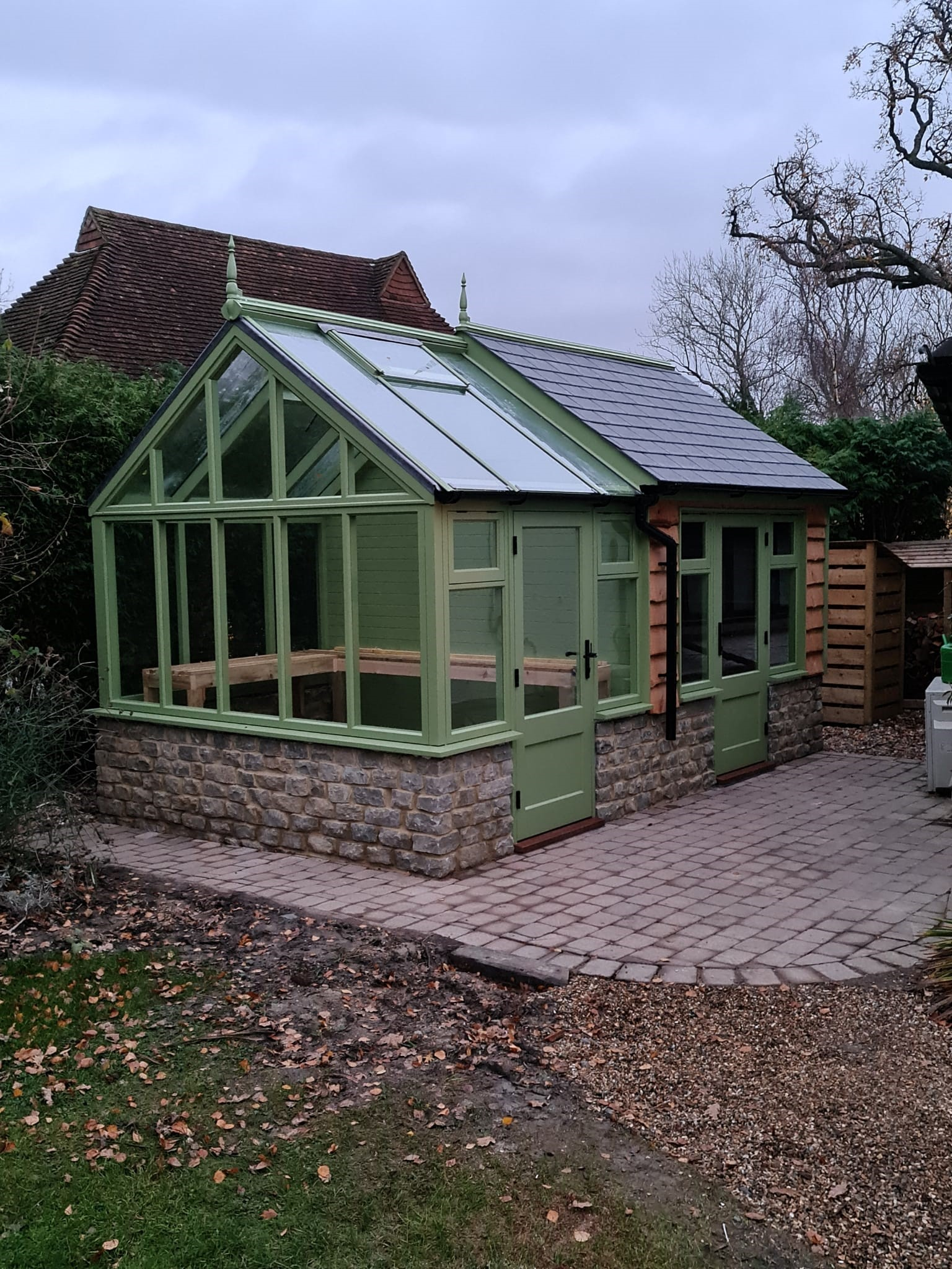 greenhouse-installed-in-reigate